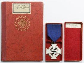 World War Ii German Civilian Medal And Booklet