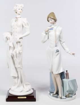 Lladro #5197 'female Physician' Figurine