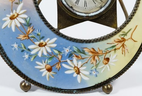 Porcelain Moon and Star Mantel Clock by The Clock Co. - 4