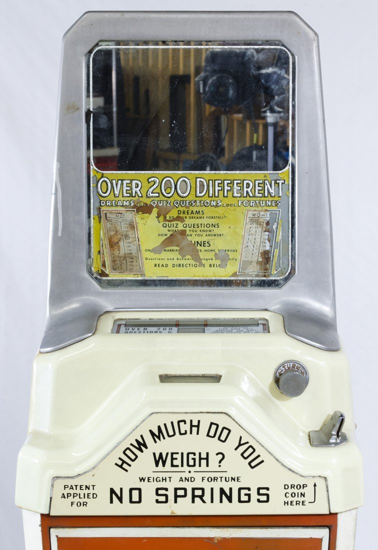 Walting 'Guess Your Weight' Coin Operated Scale - 2