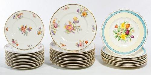 Lamberton 'Linda Lee' and Ambassador Plate Assortment