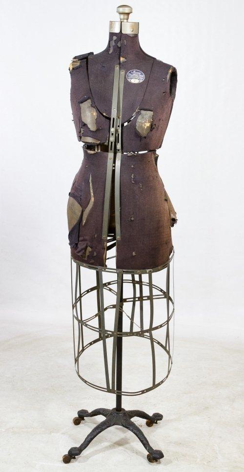 Women's 'Acme' Dress Forum by Ellanam Adjustable Form