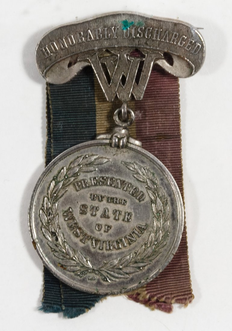 Civil War and Indian Wars US Belt, Medal and Epaulet - 3