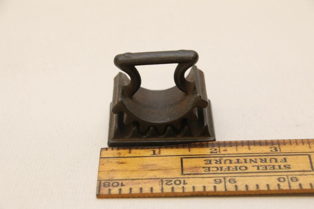 Small cast iron fluter