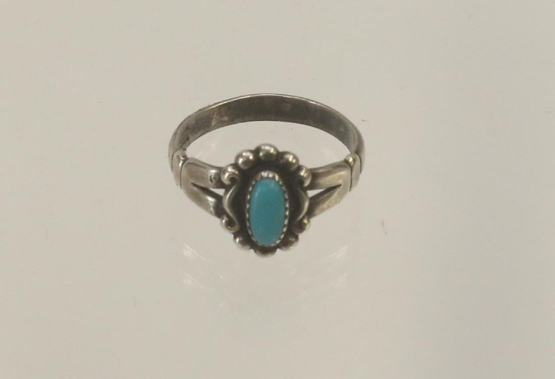 NATIVE AMERICAN VINTAGE RING