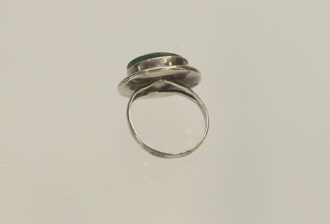 STERLING SILVER AND MALACHITE RING - 2