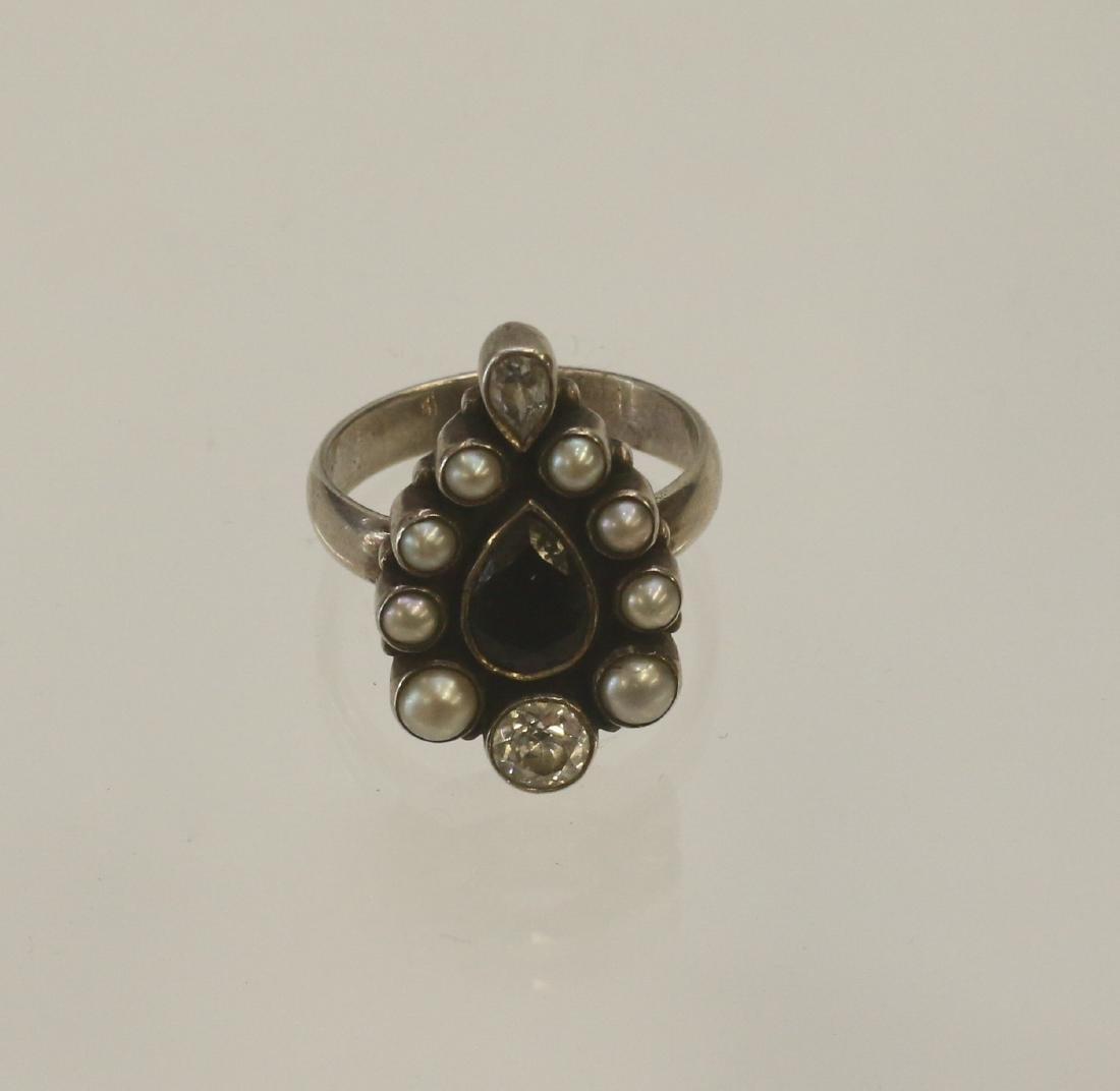STERLING SILVER RING, PEARLS