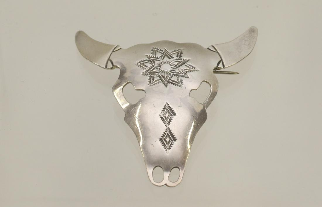 STERLING SILVER NATIVE AMERICAN BROACH