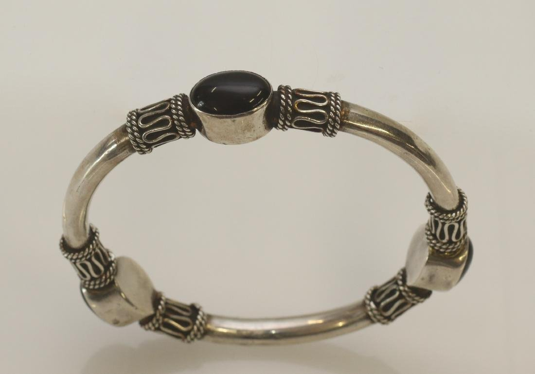 STERLING SILVER AND ONYX BENGAL - 2