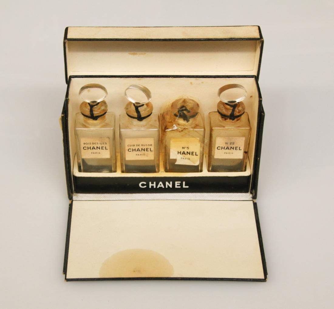 CHANEL SAMPLE BOX