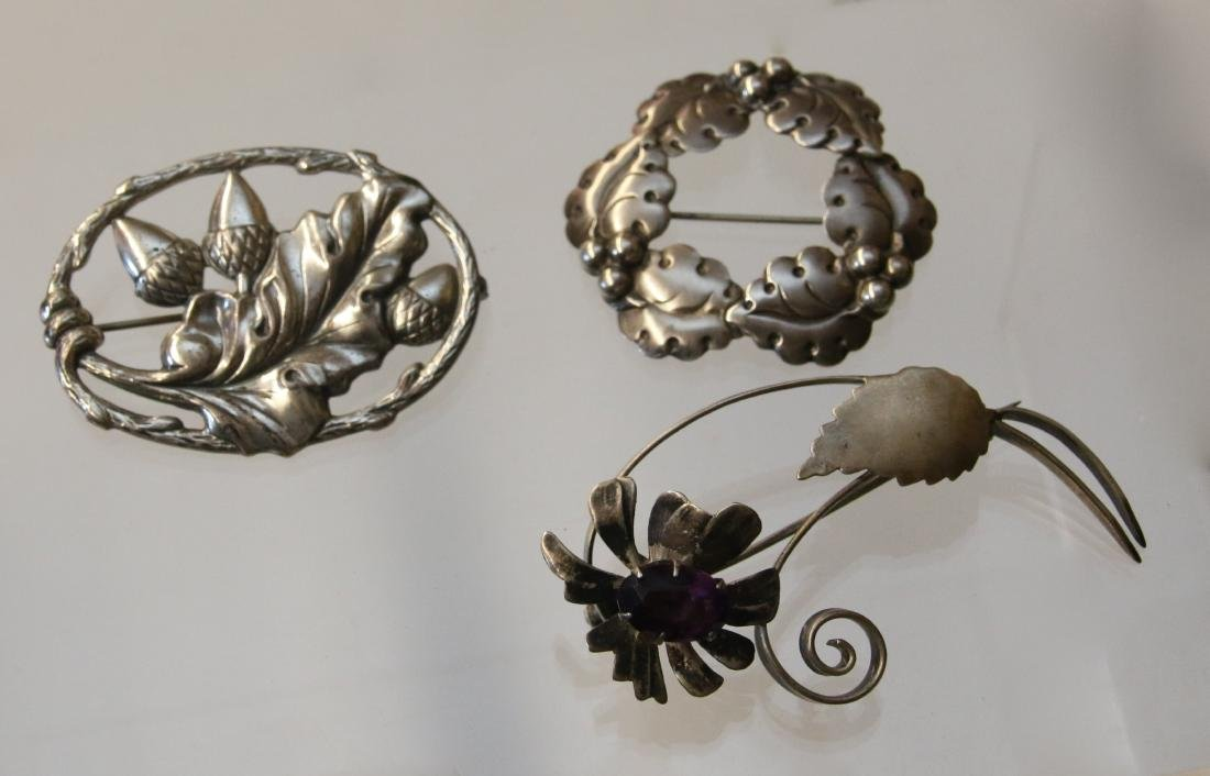 (3) STERLING BROOCH'S