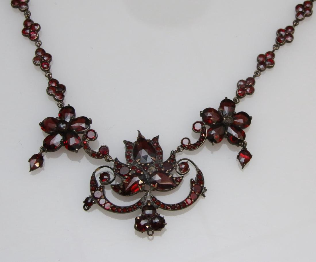 VINTAGE GARNET NECKLACE - 3