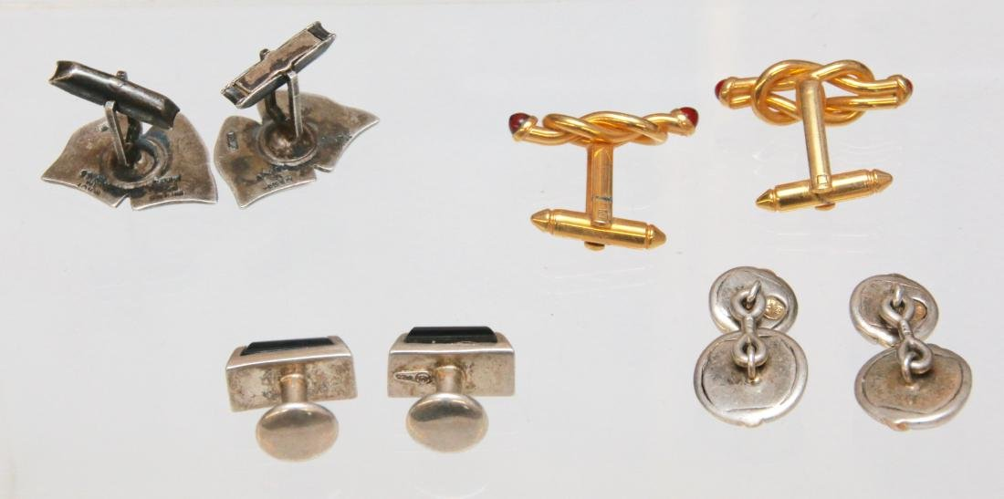 4- PAIR OF MEN'S CUFF LINKS - 2