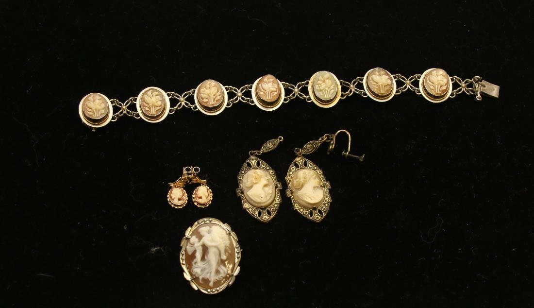 VINTAGE CAMEO GROUP