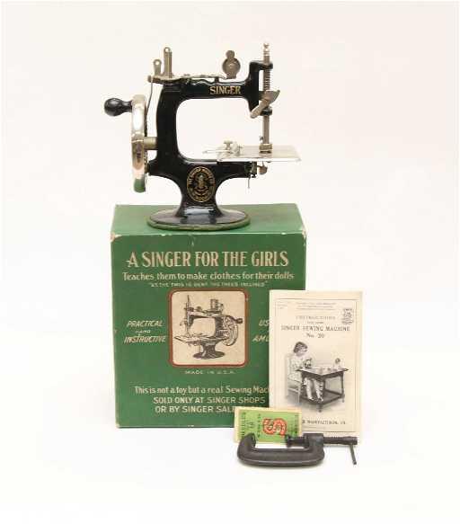GIRLS SINGER SEWING MACHINE New Girls Sewing Machine