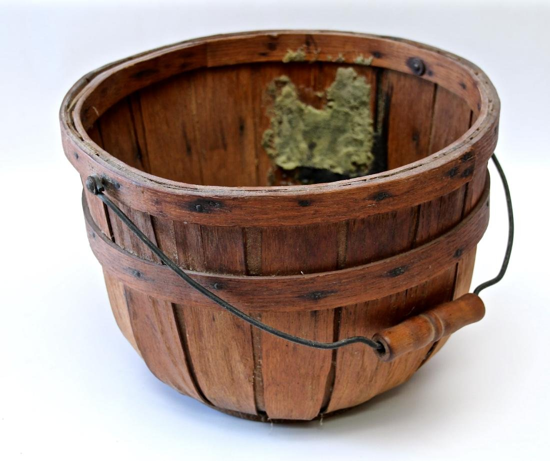 WOODEN PRODUCE BASKET