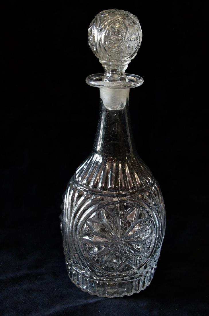 BLOWN GLASS DECANTER