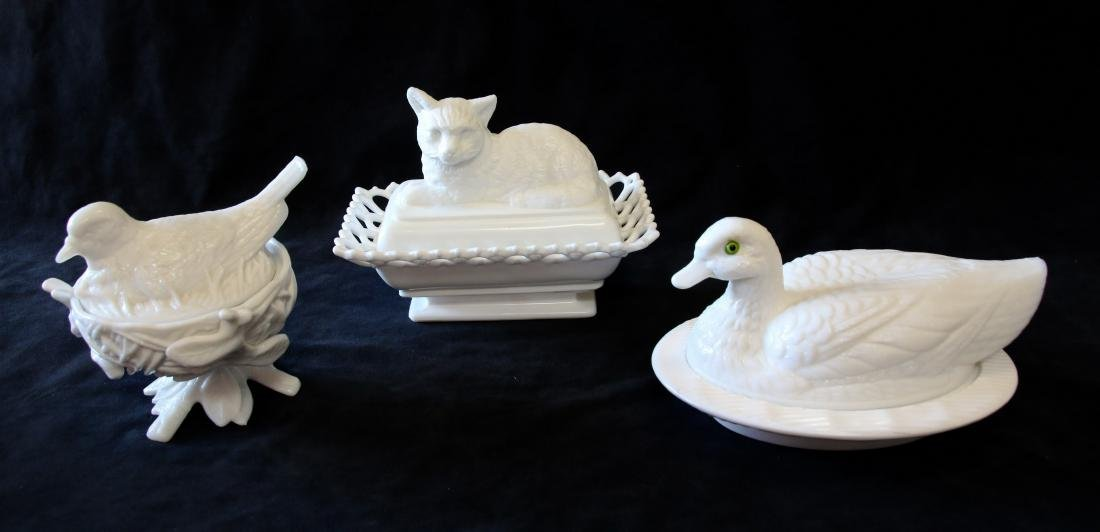 GROUP LOT OF EARLY MILK GLASS