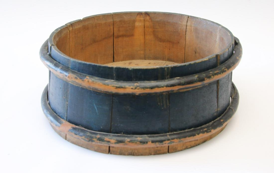 EARLY PAINTED WOODEN TUB
