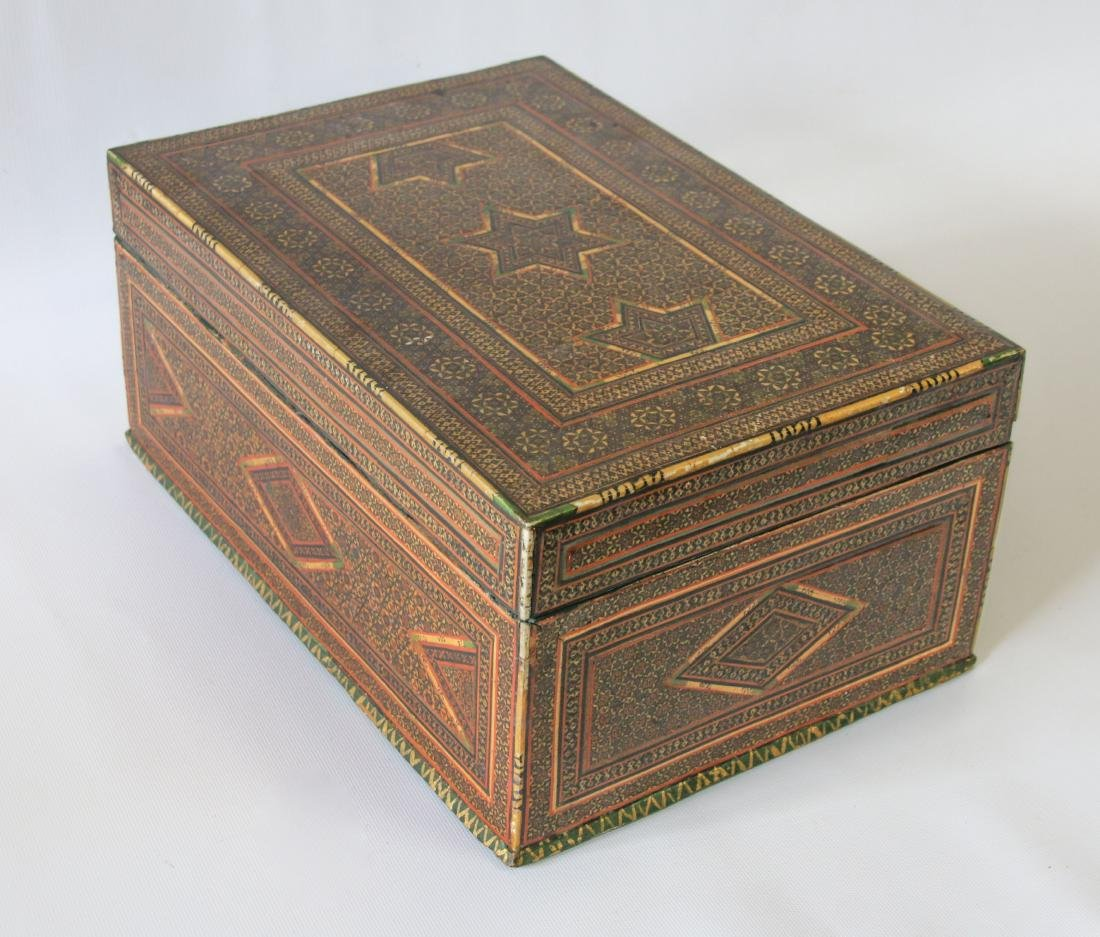 INLAID MARQUETRY TYPE BOX - 3
