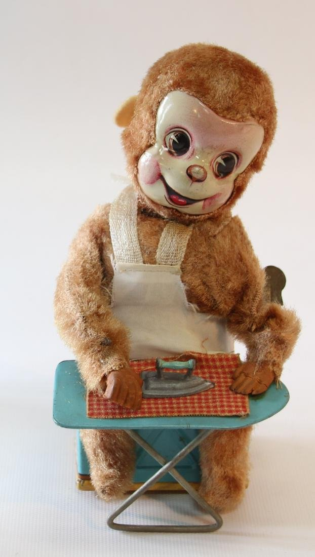 TIN LITHOGRAPH WIND-UP TOY - 2