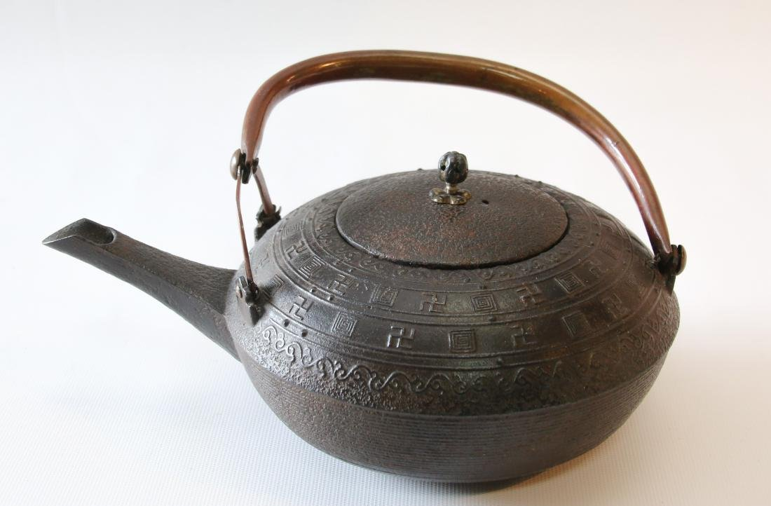 EARLY UNUSUAL JAPANESE TEA POT