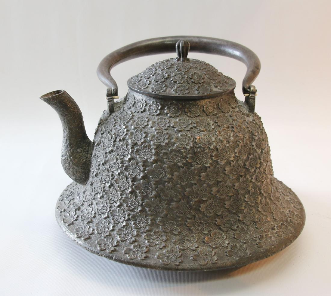 JAPANESE BELL SHAPED TEA POT