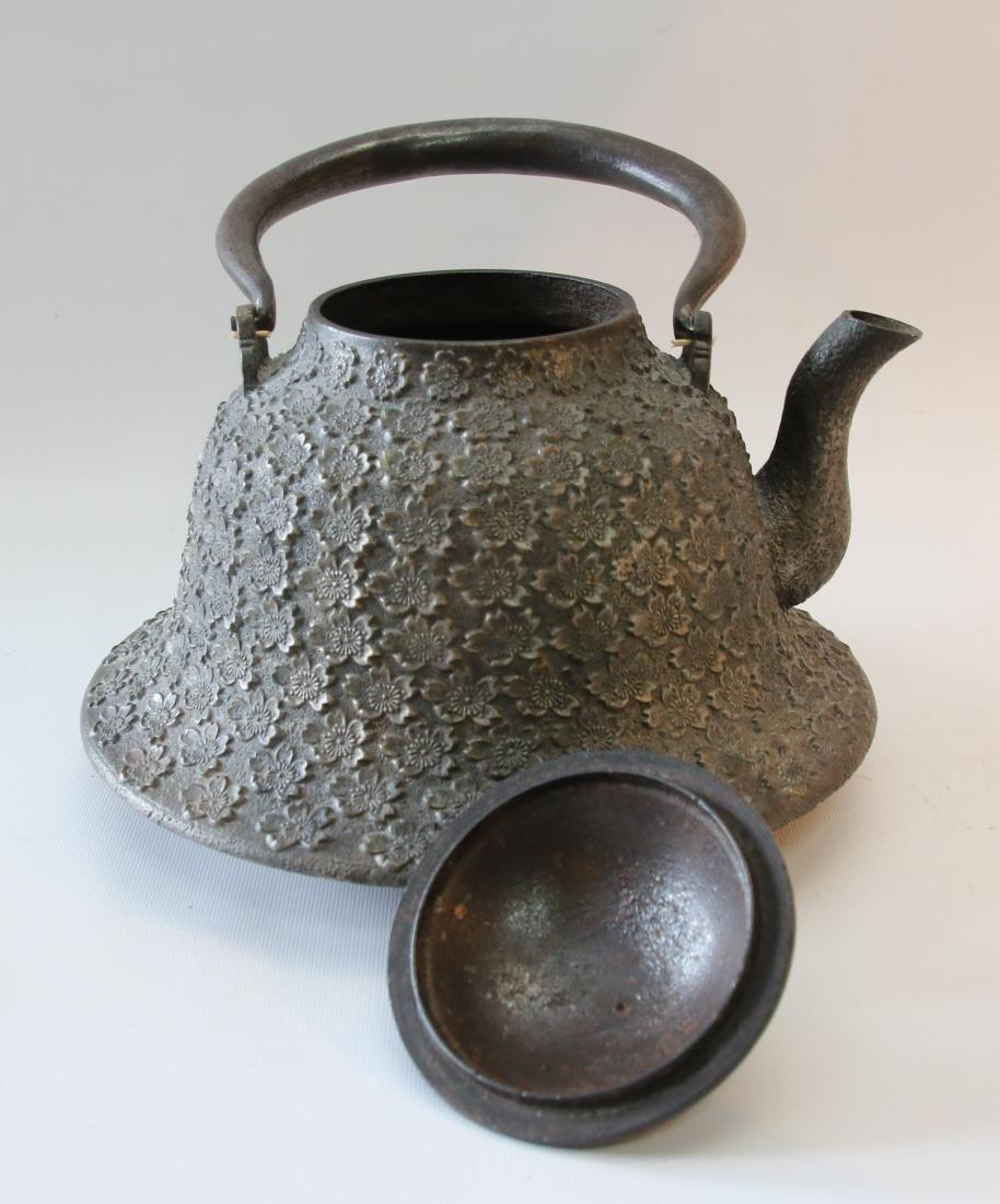 JAPANESE BELL SHAPED TEA POT - 2