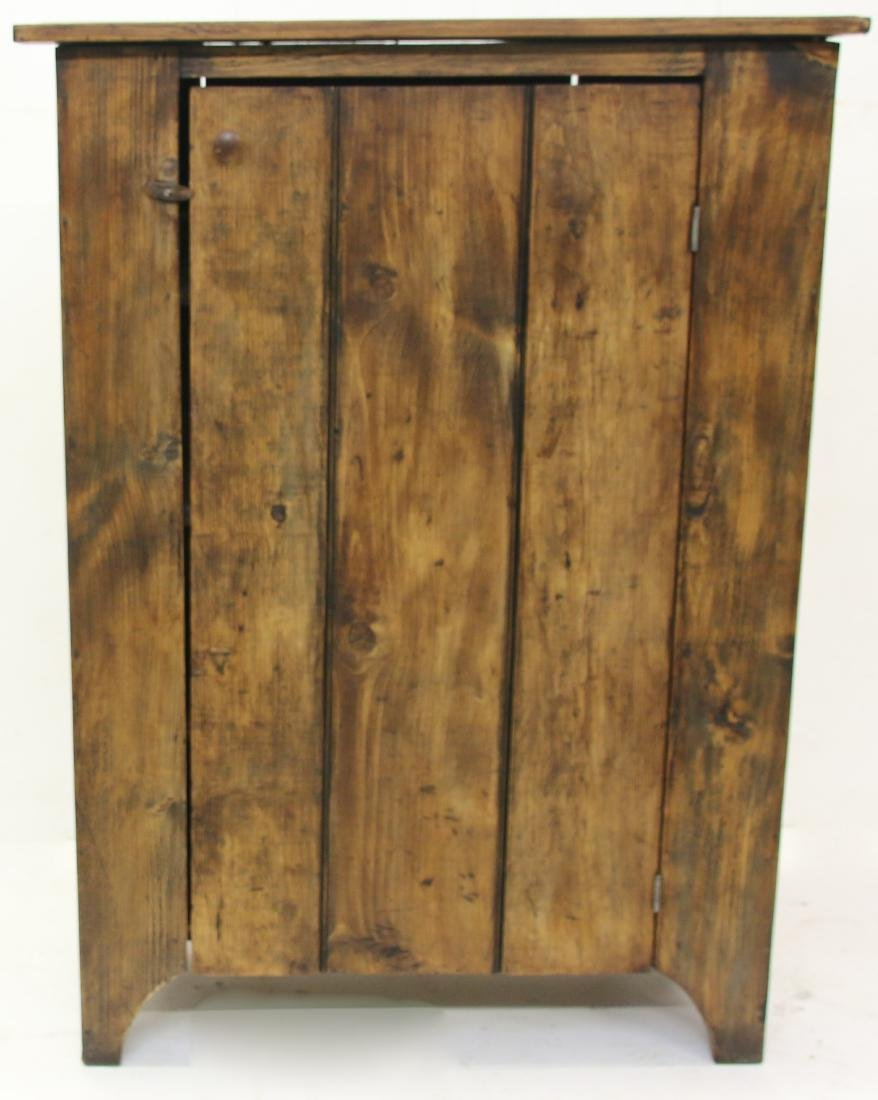 ONE DOOR CUPBOARD