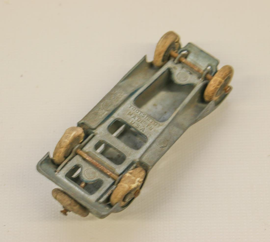 LOT OF VINTAGE TOY CARS - 3