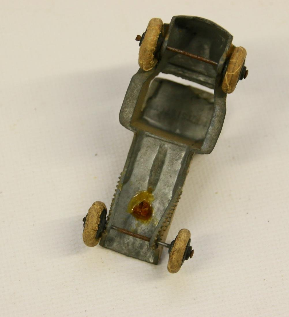 LOT OF VINTAGE TOY CARS - 4