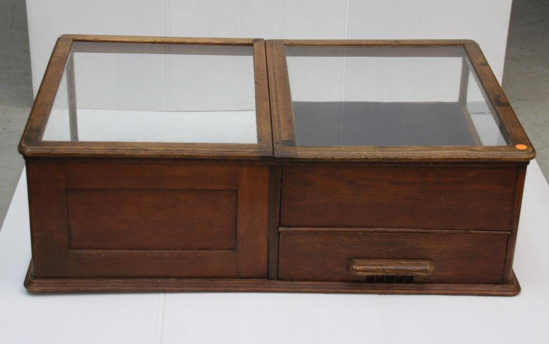 OAK COUNTER DISPLAY CASE