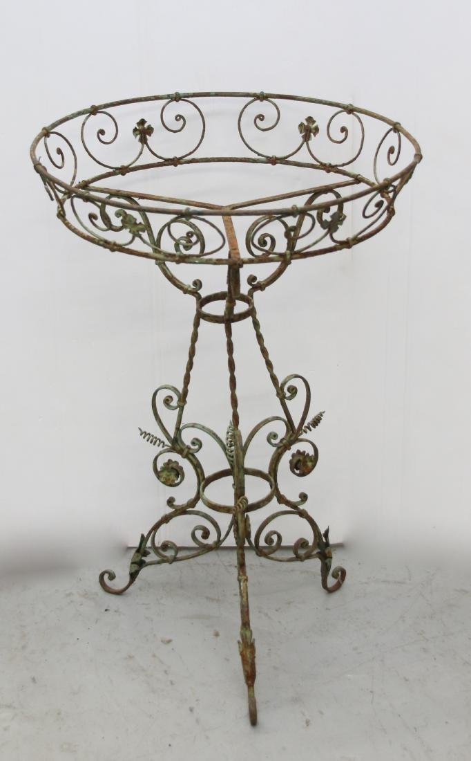 EARLY IRON PLANT STAND