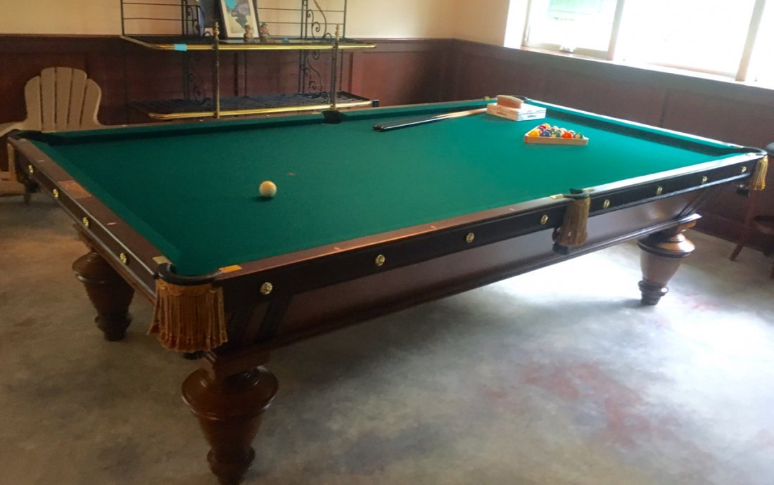 A.L. STERLING POOL TABLE