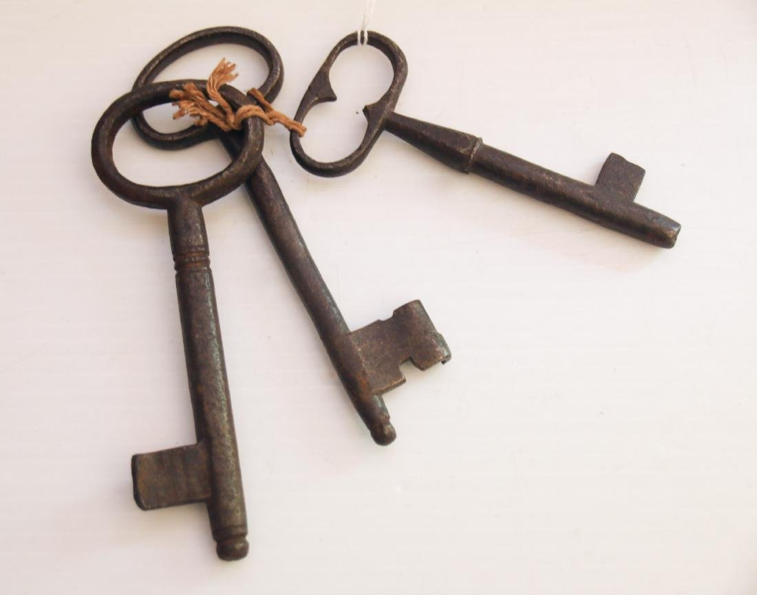 GROUP OF EARLY KEYS