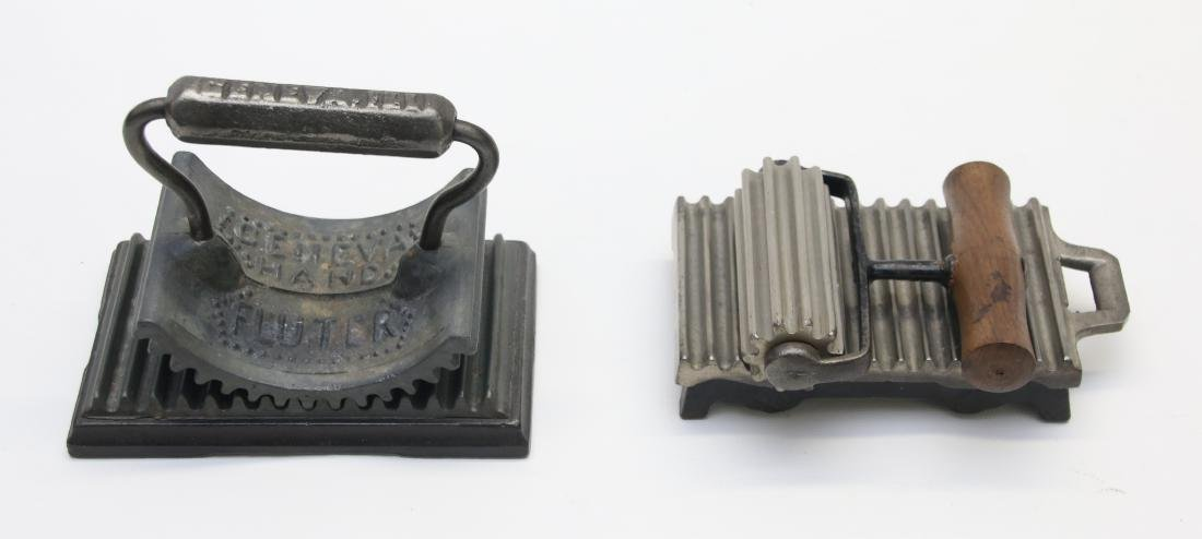 PAIR OF HAND FLUTING IRONS