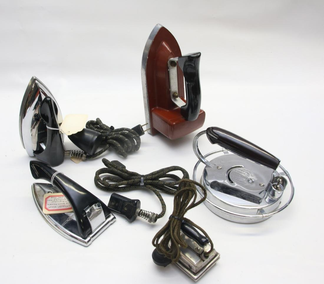 GROUP LOT OF ELECTRIC IRONS
