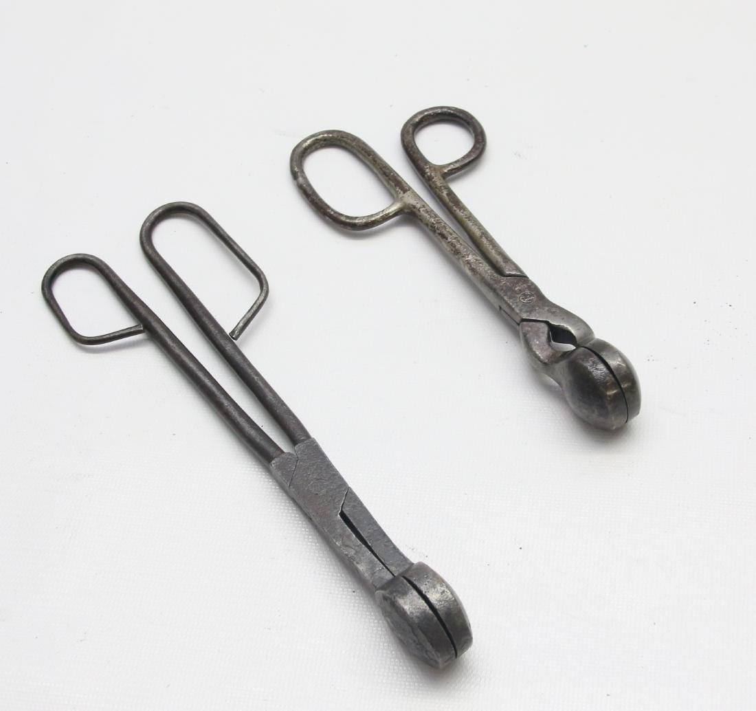 PAIR OF TOUCH-UP TONGS