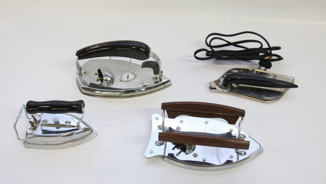 GROUP LOT OF TRAVEL IRONS - 2