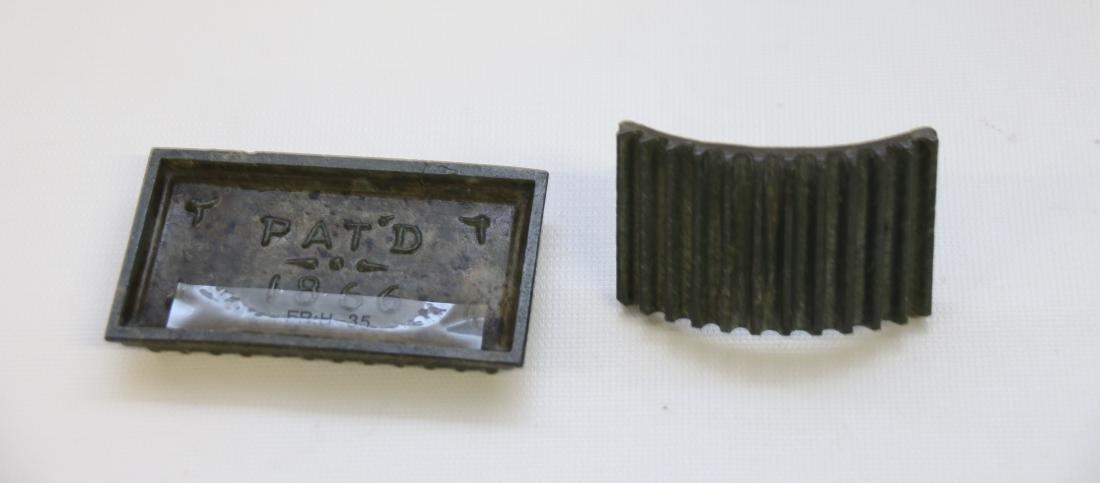 SM. HAND FLUTTER - 2