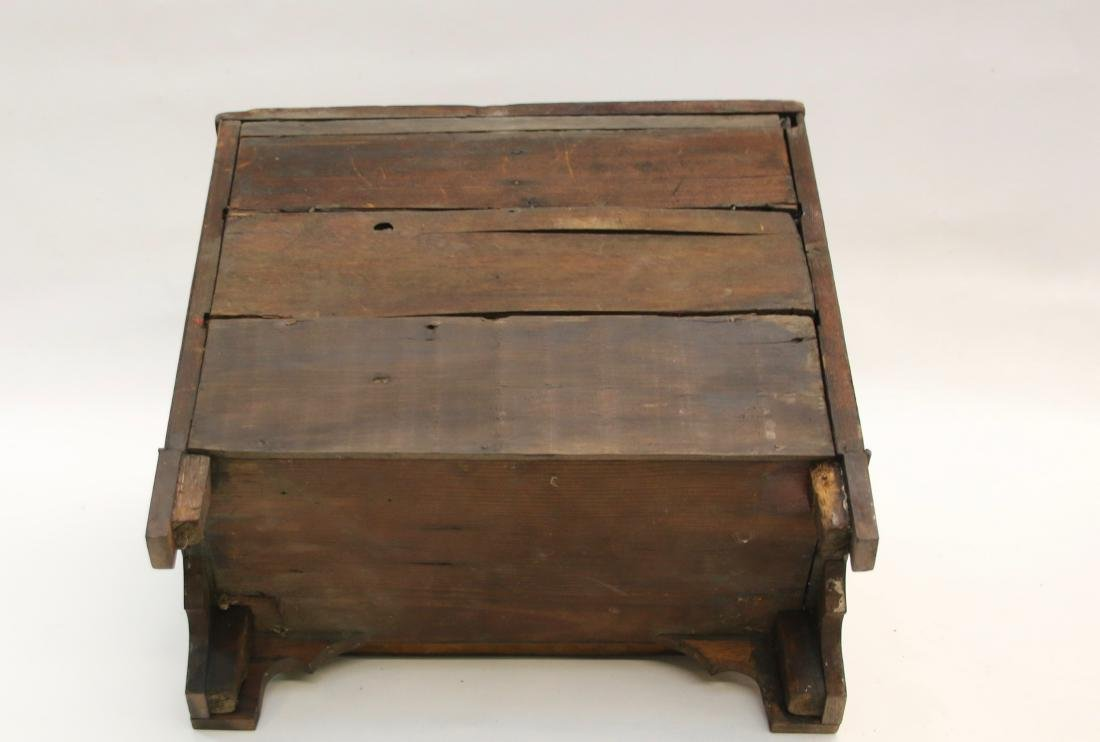 MINIATURE CHEST OF DRAWERS - 4