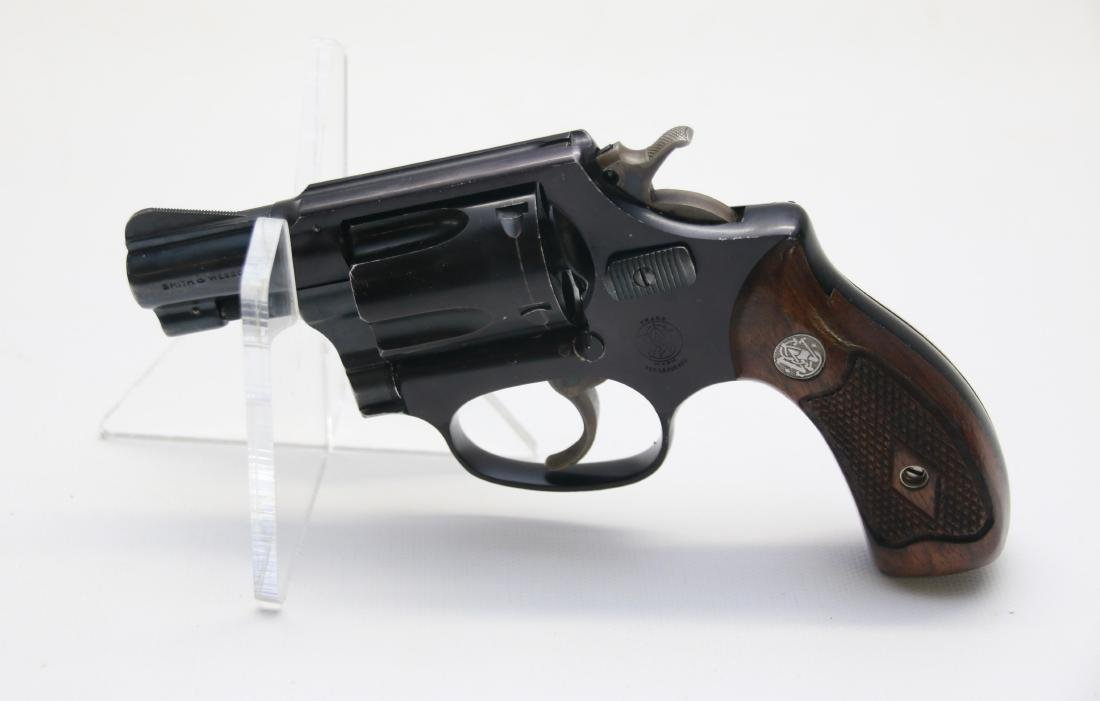 SMITH AND WESSON AIRWEIGHT - 2