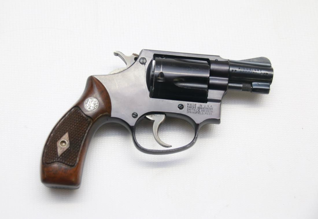 SMITH AND WESSON AIRWEIGHT - 3
