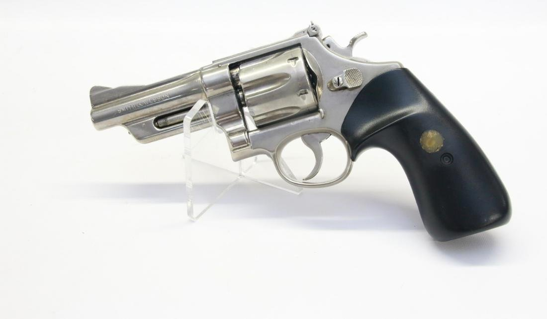 SMITH AND WESSON MODEL 629 - 2