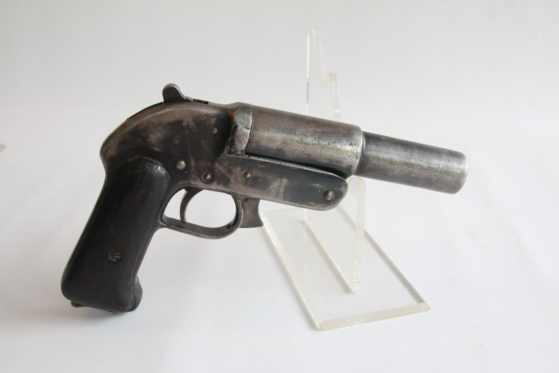 RUSSIAN ROMANIAN FLARE GUN WWII