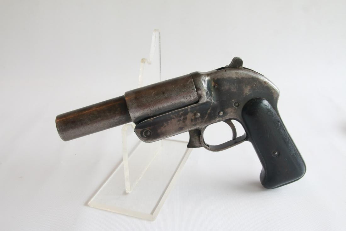 RUSSIAN ROMANIAN FLARE GUN WWII - 2