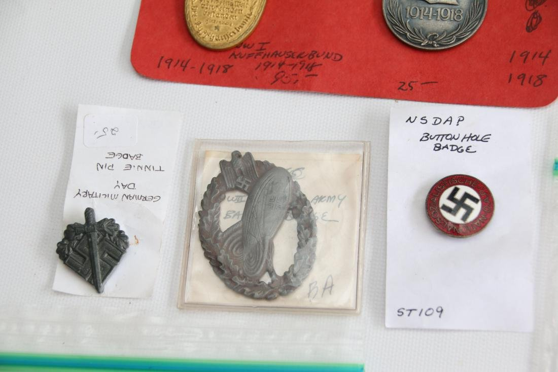 LOT OF GERMAN WWII MEDALS AND PATCHES - 4