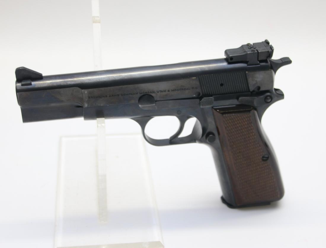 BROWNING MODEL HP1935 - 2