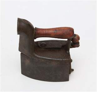 SMALL CHARCOAL IRON