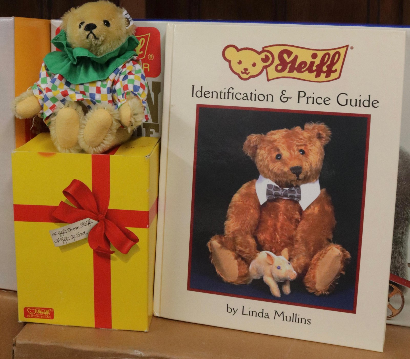 STEIFF TEDDY BEAR IN BOX WITH BOOK